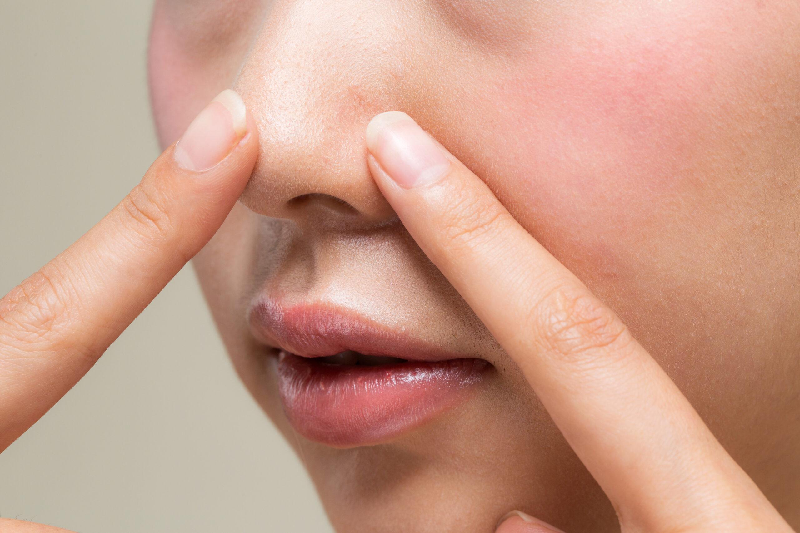 毛穴の黒ずみが気になる方必見!毛穴ケアにおすすめの洗顔の選び方-1